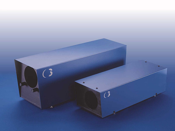 Athermalised Beam Expanders for Challenging Applications